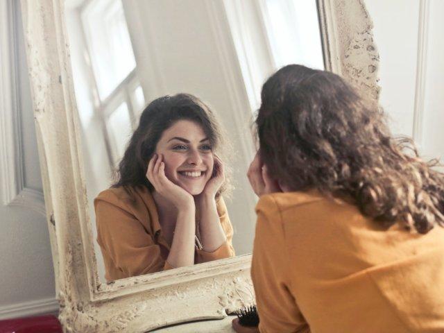 Les carilles dentals permeten canviar el color, la forma i la posició de les dents.